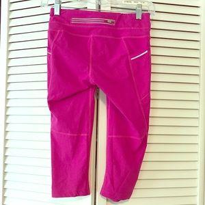 Athleta Cropped Pants in Fuchsia, XXS